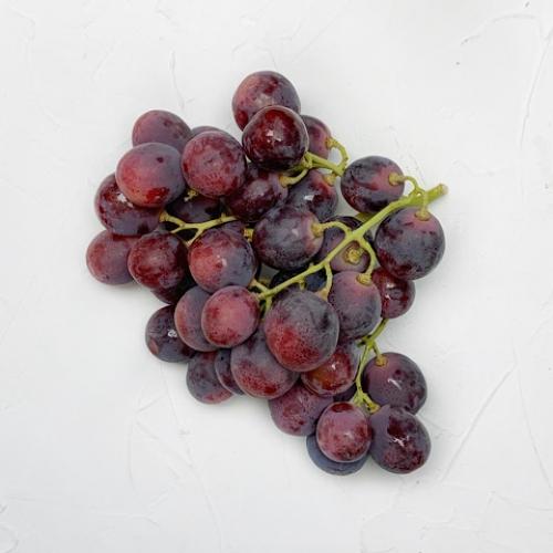 Виноград Red globe курьером по Киеву